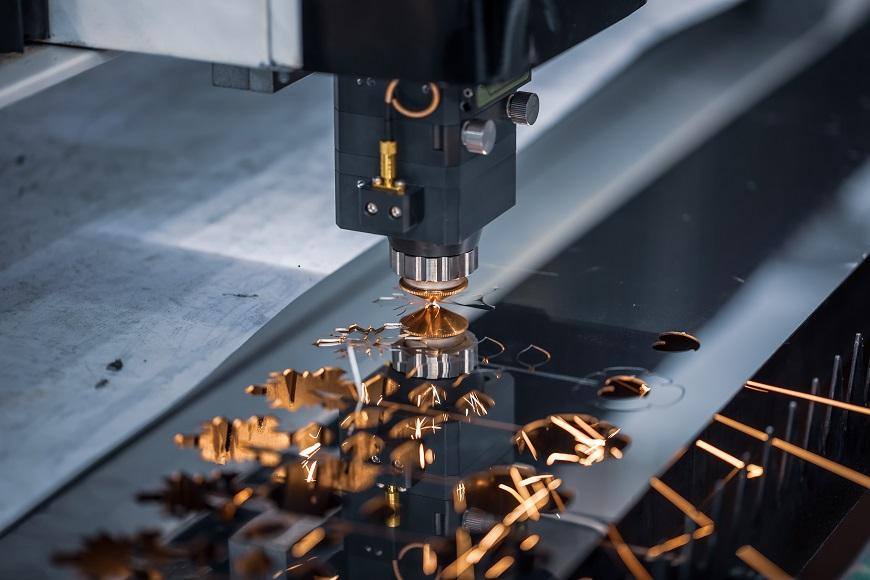 Evoluzione tecnologica del taglio termico: dall'ossitaglio al laser a fibra